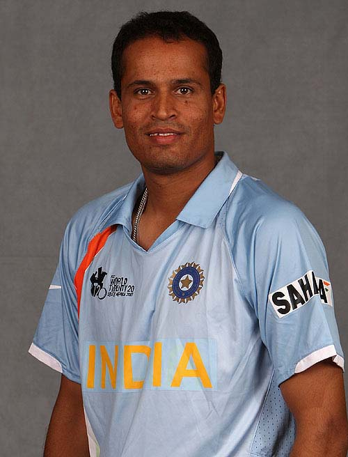 Yusuf Pathan Quick Information Bytes And Images