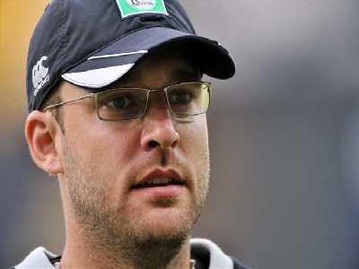 DL Vettori is the skipper of New Zealand cricket team