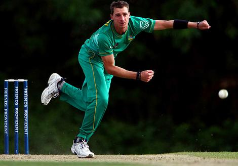 Dale Steyn is capable of swinging the new ball and reversing the old ball