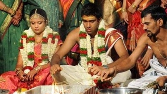 R Ashwin And His Wife Ravichandran Ashwin wi...