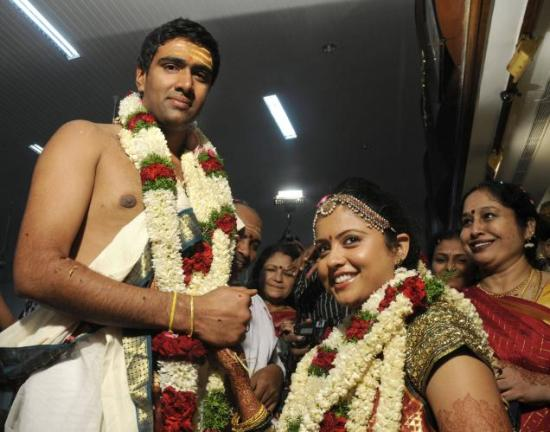 R Ashwin And His Wife Ravichandran Ashwin on...