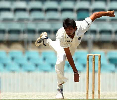 Ishant Sharma bowled only 5.3 overs on the first day of India's first practice match against CA Chairman's XI
