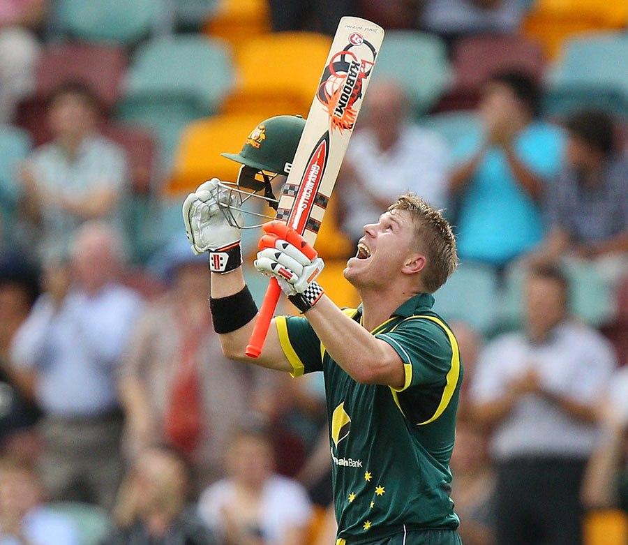 Australia set Sri Lanka a victory target of 322