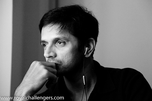 rahul-dravid-on-a-serious-note